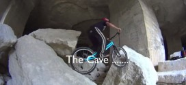 Andrei Burton: The Cave y Koxx Days