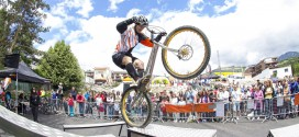 (Español) Outzone en el Test The Best 2014